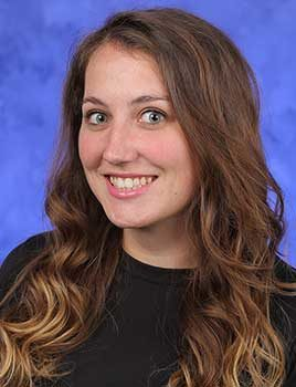 Professional head and shoulders photo of Amber Kromer